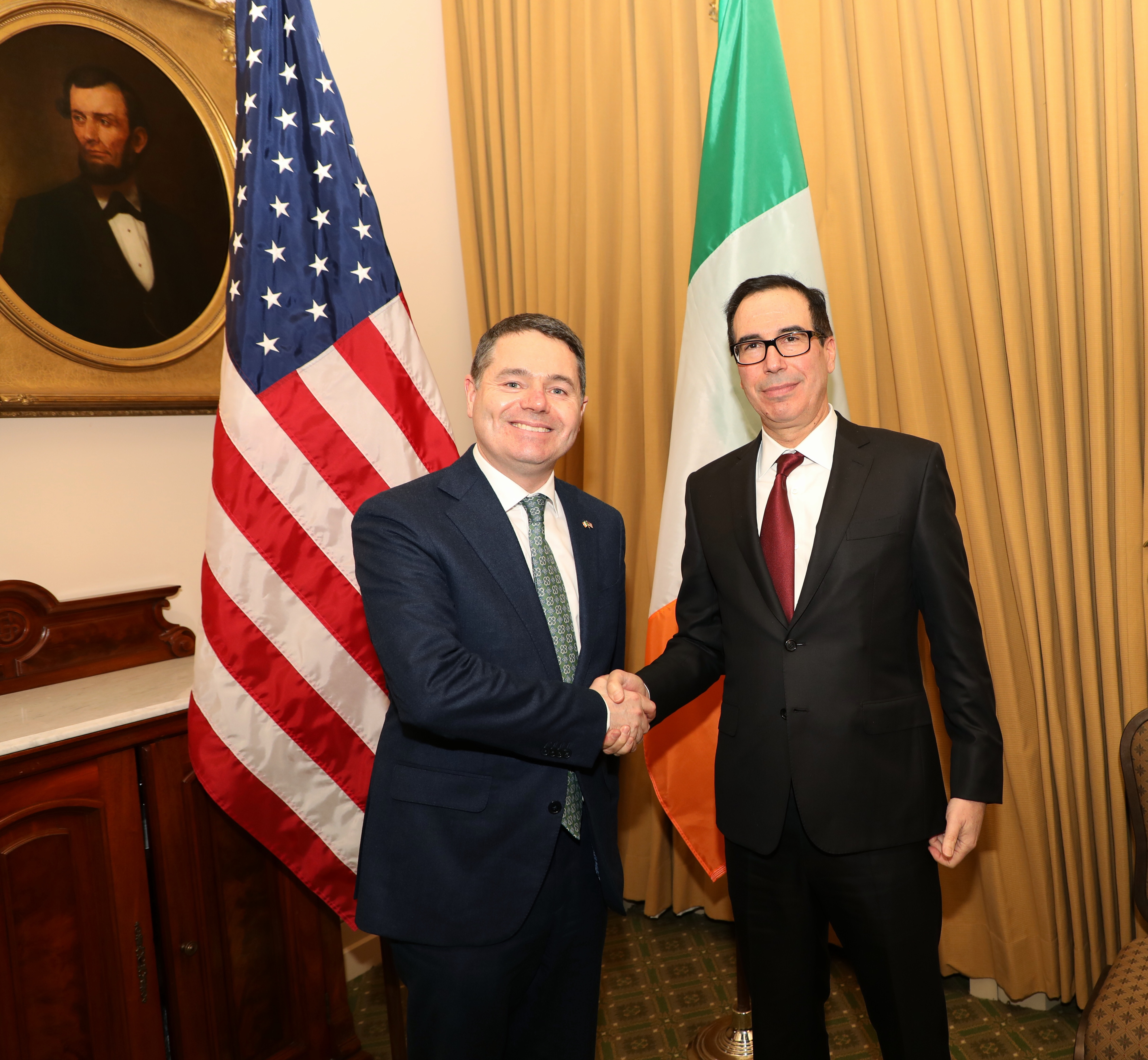 Minister Donohoe meets with US Treasury Secretary Mnuchin in Washington DC