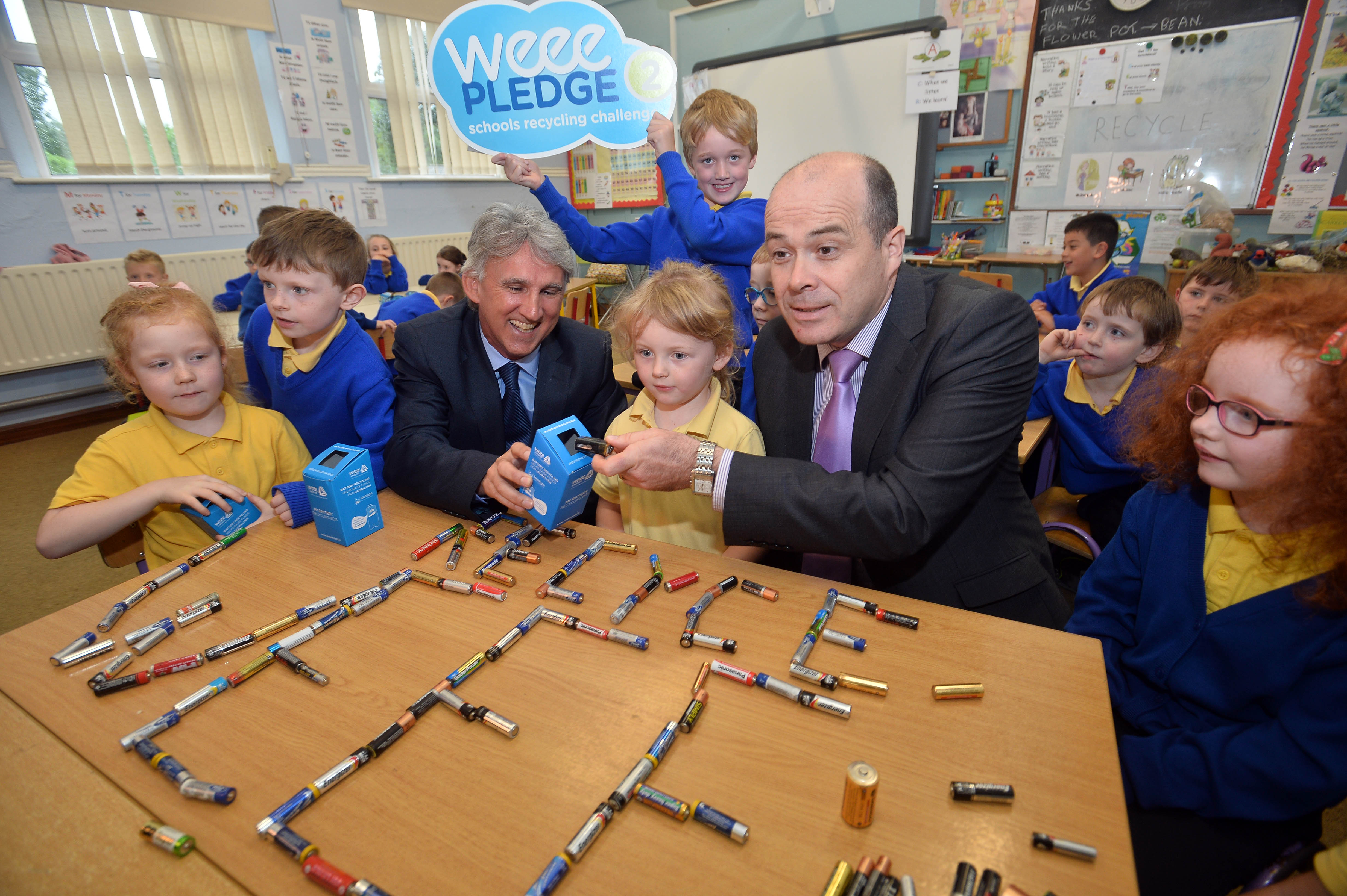 Minister Naughten calls on public to recycle batteries