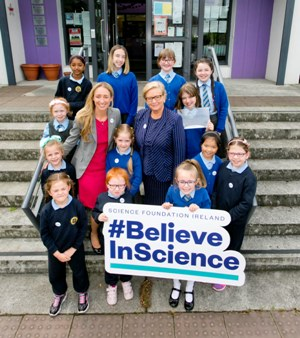 Tánaiste  announces winners of Discover Science and Maths Awards